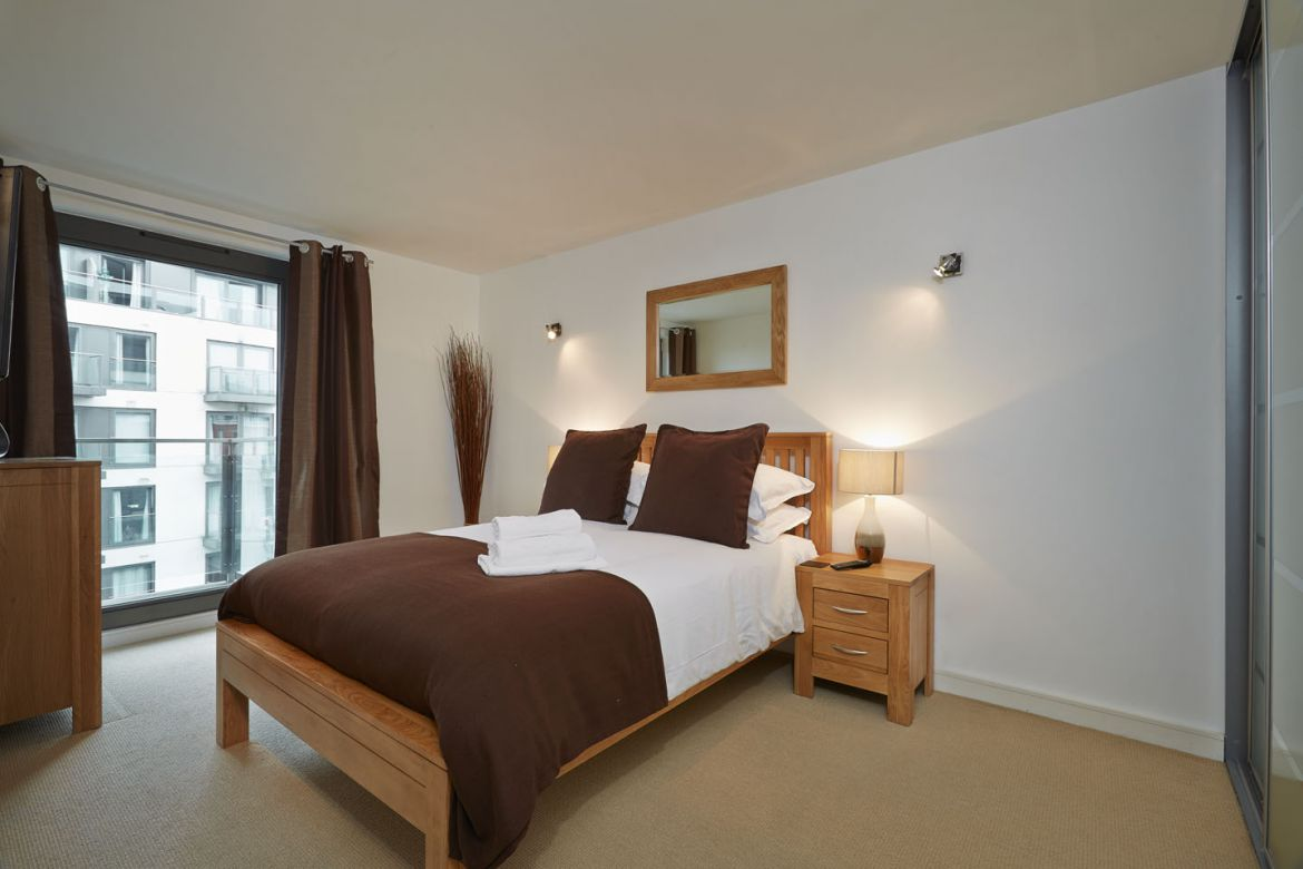 Short Let Apartments Slough - Corporate Accommodation Slough - Urban Stay Serviced Apartments UK 2