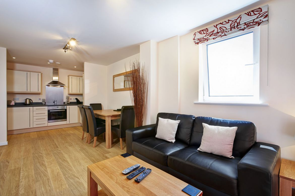 Short Let Apartments Slough - Corporate Accommodation Slough - Urban Stay Serviced Apartments UK 3