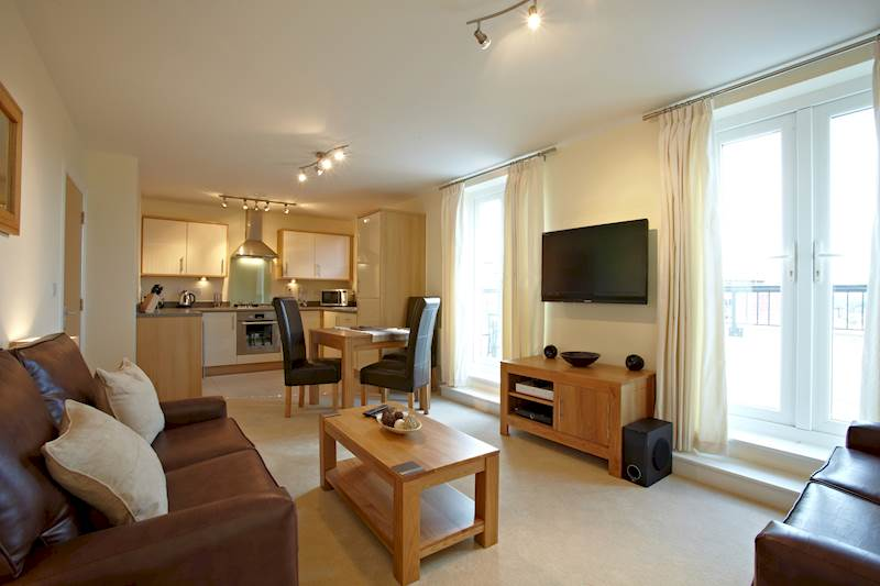 Short Let Apartments Slough - Corporate Accommodation Slough - Urban Stay Serviced Apartments UK