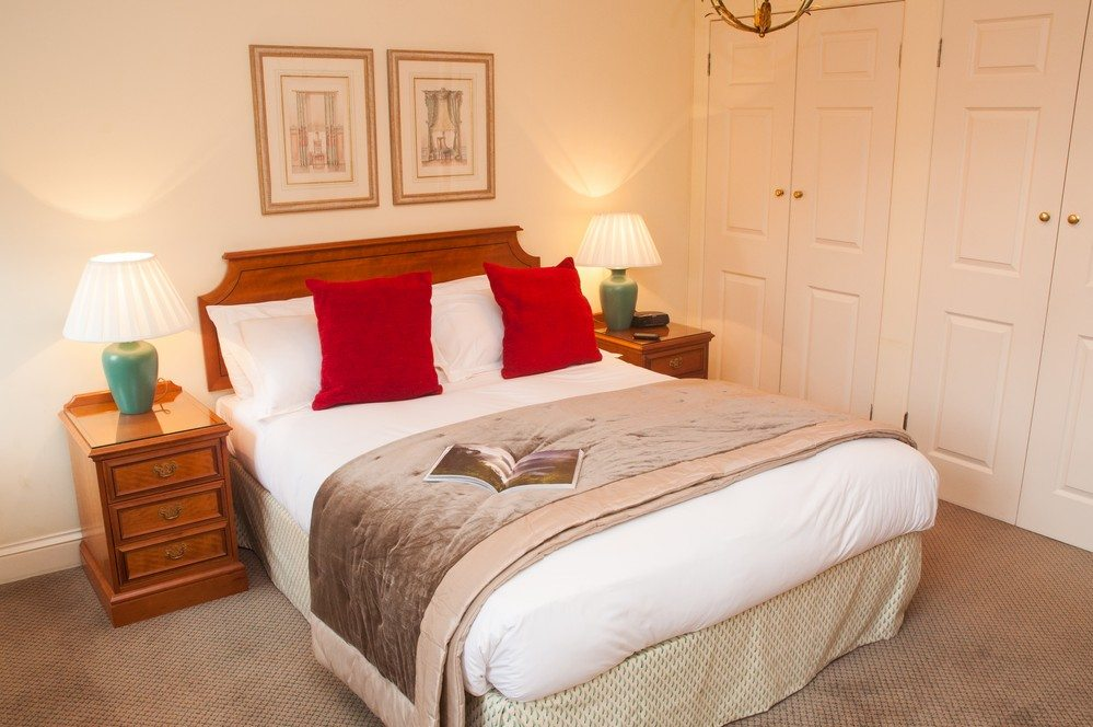 Short Stay Accommodation Staines - Serviced Apartments Staines, UK - Urban Stay corporate accommodation 3
