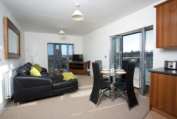 Yeovil Short Stay Apartments - Serviced Accommodation Yeovil UK - Urban Stay