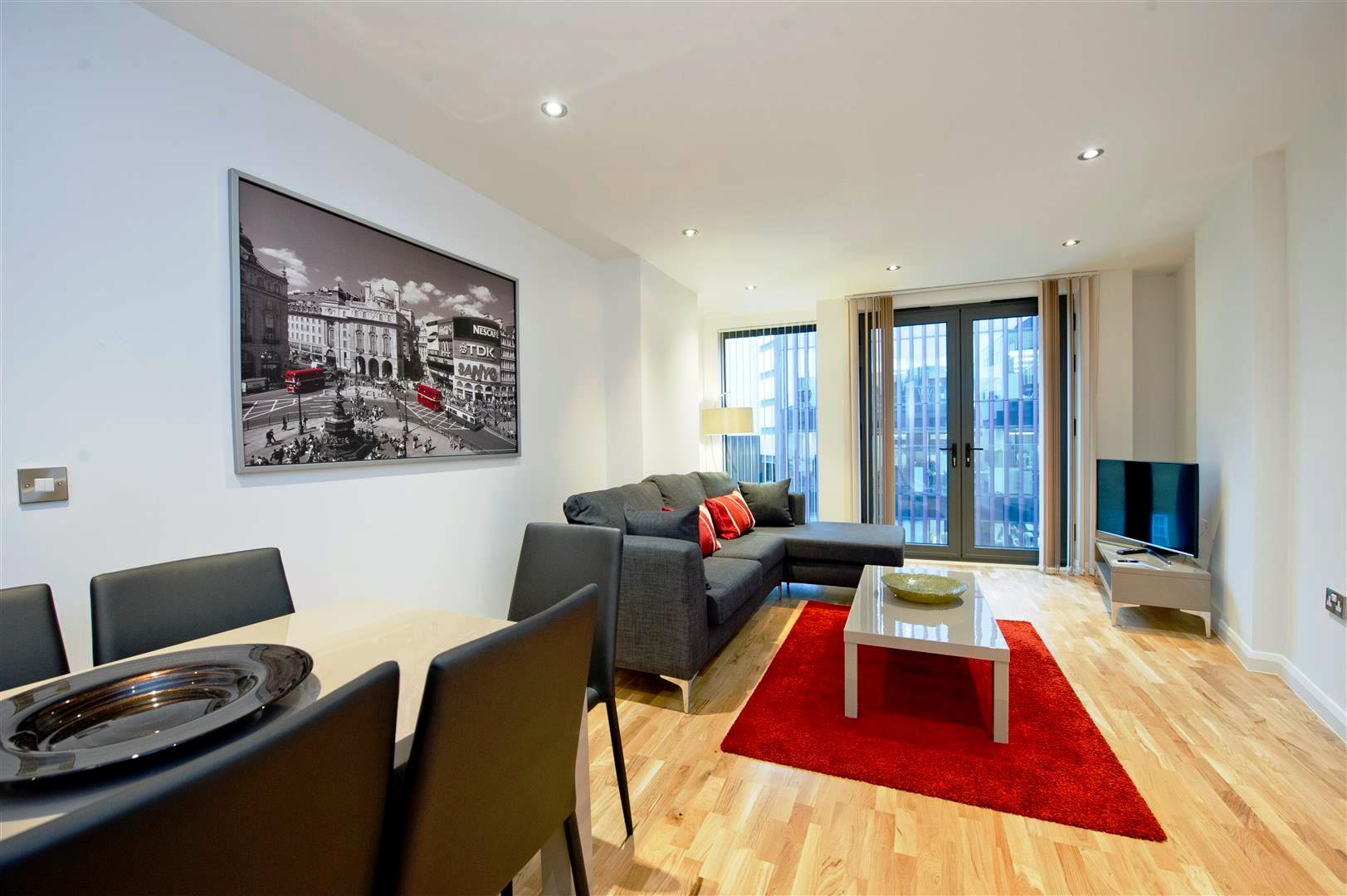 Tooley-Street-Short-Stay-Apartments-London-Bridge---Corporate-Accommodation-London---Urban-Stay---living-room-3