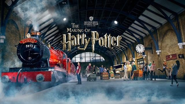 Harry Potter Kings Cross London Warner Bros Studio Tour London Hogwarts Express