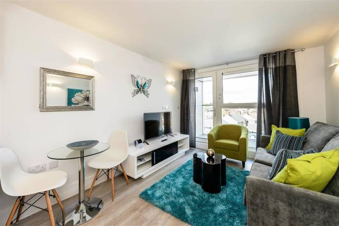 Edgware-Apartments---North-London-Short-Stay-Apartments---Urban-Stay