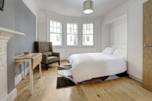 Budget Accommodation London Cannon Street Studio Apartments Urban Stay 2