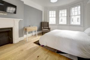 Budget Accommodation London Cannon Street Studio Apartments Urban Stay 3