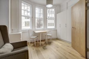 Budget Accommodation London Cannon Street Studio Apartments Urban Stay 5