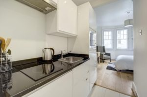 Budget Accommodation London Cannon Street Studio Apartments Urban Stay 6