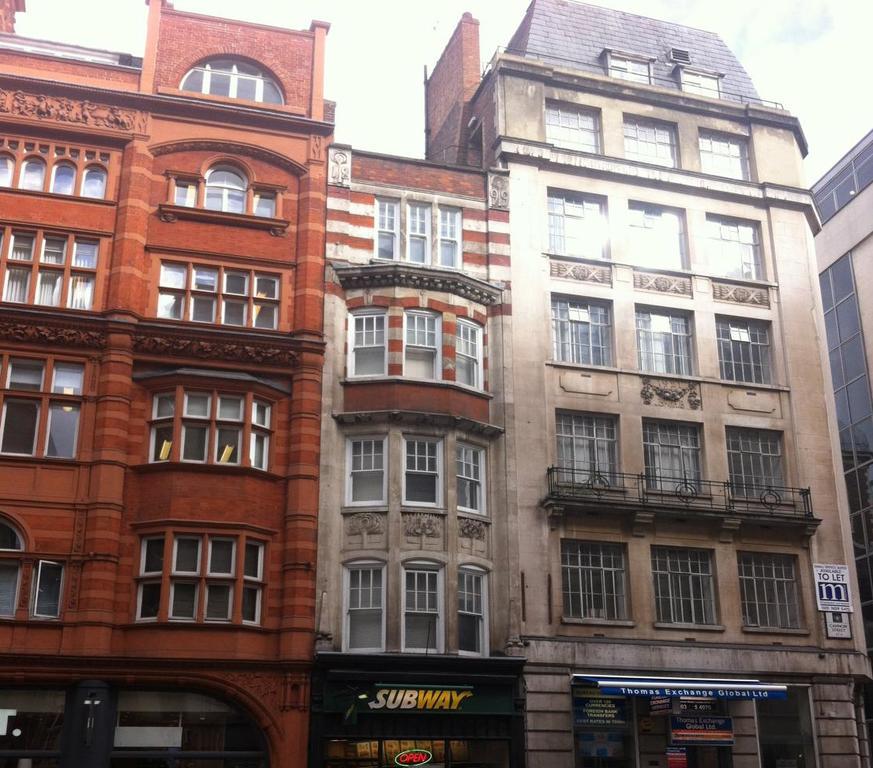 Budget Accommodation London Cannon Street Studio Apartments Urban Stay 8