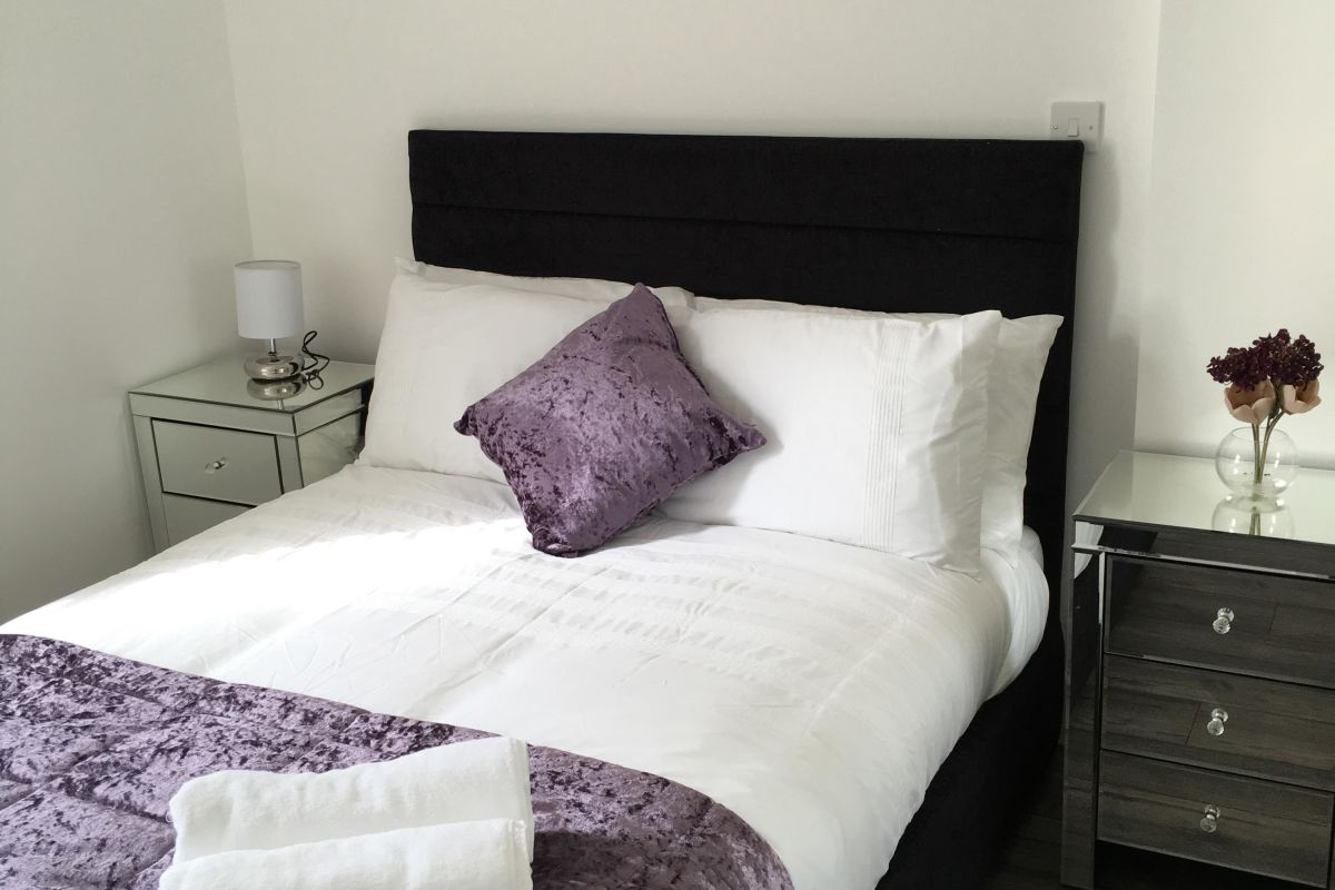 Serviced Apartments Hatfield - Self catering Corporate Accommodation Hatfield - King George House   Urban Stay