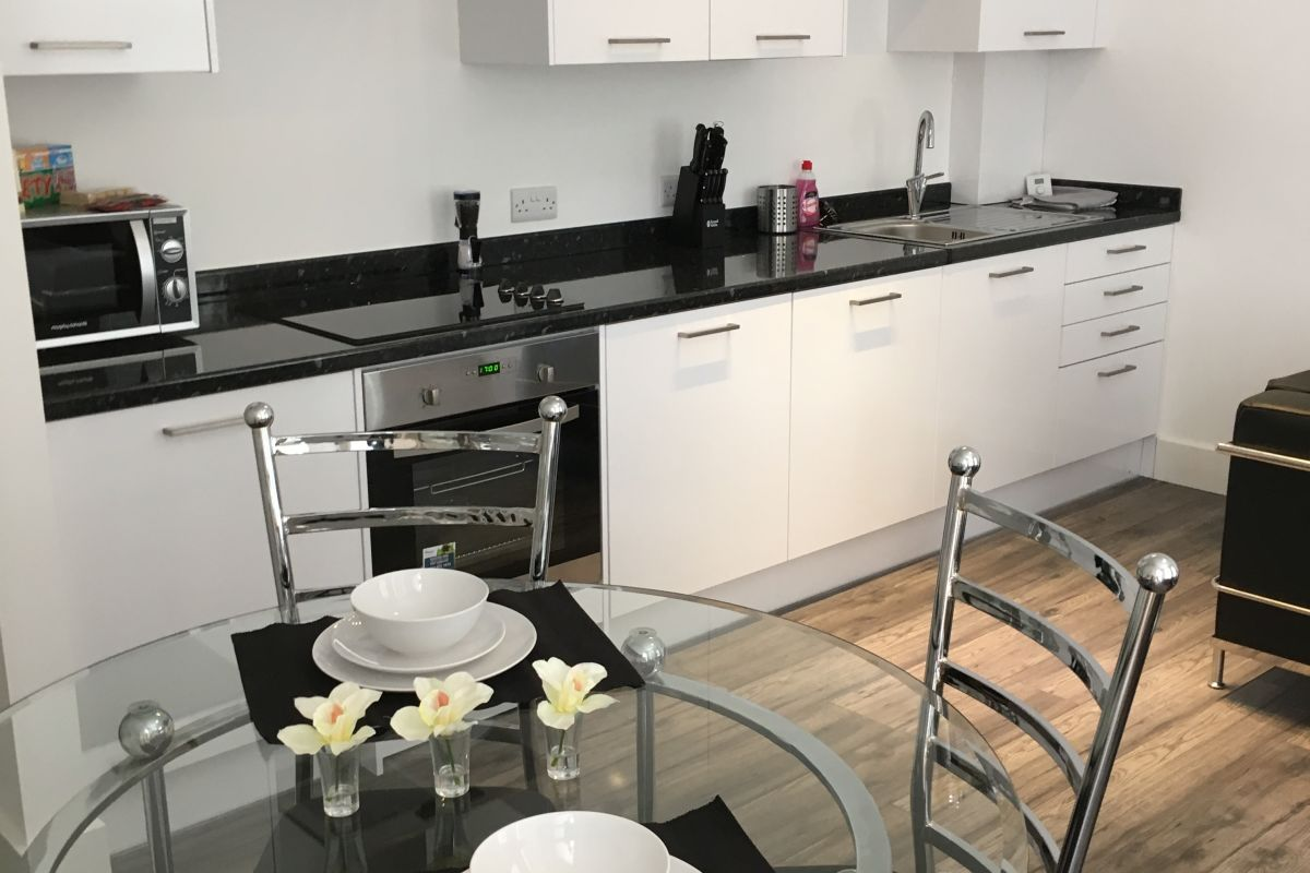 Hatfield-Serviced-Apartments---Book-King-George-House-Holiday-Accommodation-today!-The-ideal-self-catering-accommodation-in-Hatfield-with-free-Wifi.