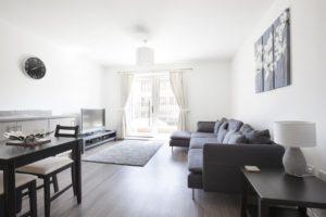 Short Stay Accommodation Milton Keynes Serviced Apartments Group Accommodation Holiday Houses Uk Urban Stay 8