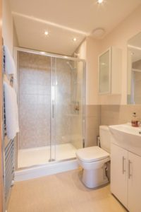 Skyline House Serviced Apartments stevenage  Cheap Short Stay Accommodation Luton Urban Stay 10