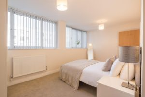 Skyline House Serviced Apartments stevenage  Cheap Short Stay Accommodation Luton Urban Stay 12