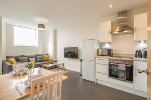 Skyline House Serviced Apartments stevenage  Cheap Short Stay Accommodation Luton Urban Stay 17