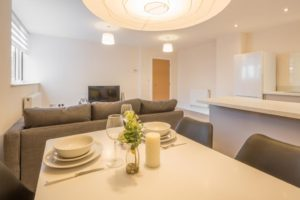 Skyline House Serviced Apartments stevenage  Cheap Short Stay Accommodation Luton Urban Stay 2
