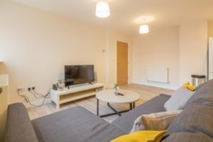 Skyline House Serviced Apartments stevenage  Cheap Short Stay Accommodation Luton Urban Stay 3
