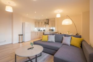 Skyline House Serviced Apartments stevenage  Cheap Short Stay Accommodation Luton Urban Stay 7