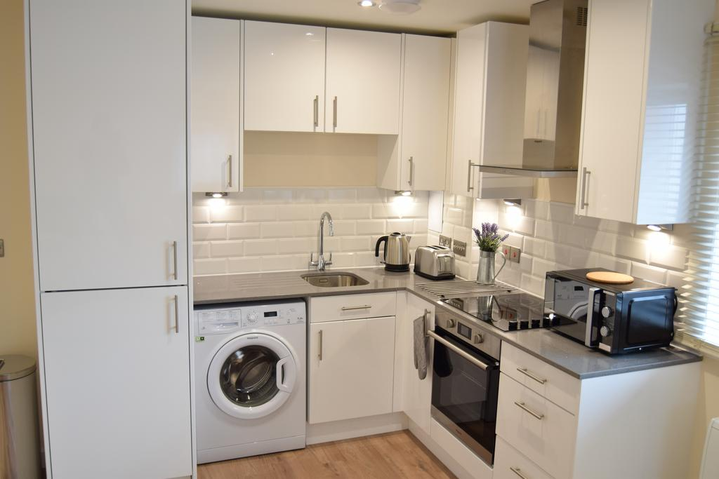 Romford Serviced Apartments East London Morland House Apartments London Airbnb Short Stay Accommodation Urban Stay 4