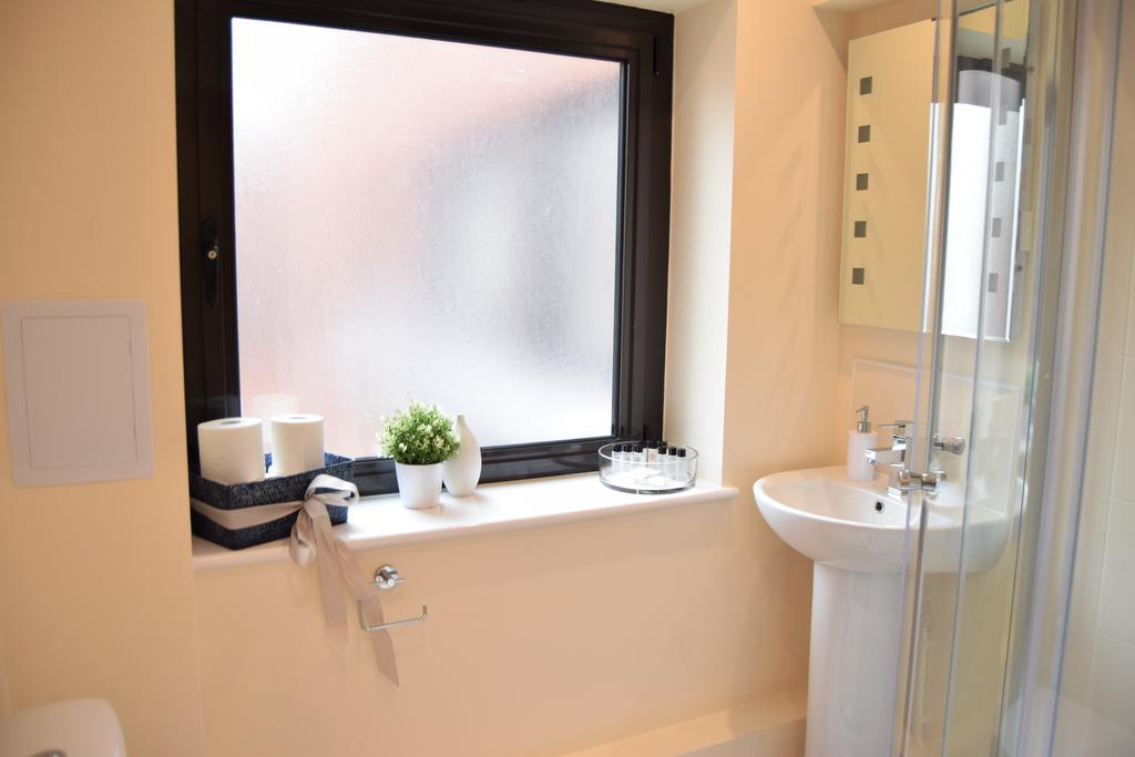 Romford Serviced Apartments East London Morland House Apartments London Airbnb Short Stay Accommodation Urban Stay 9