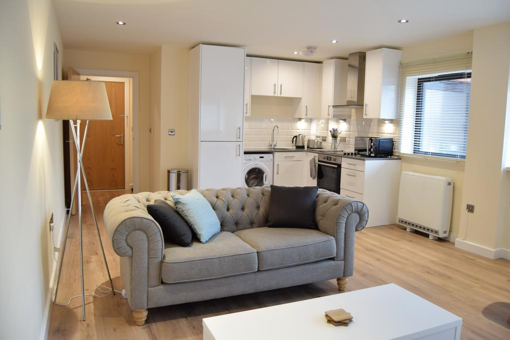 Romford Serviced Apartments East London Morland House Apartments London Airbnb Short Stay Accommodation Urban Stay