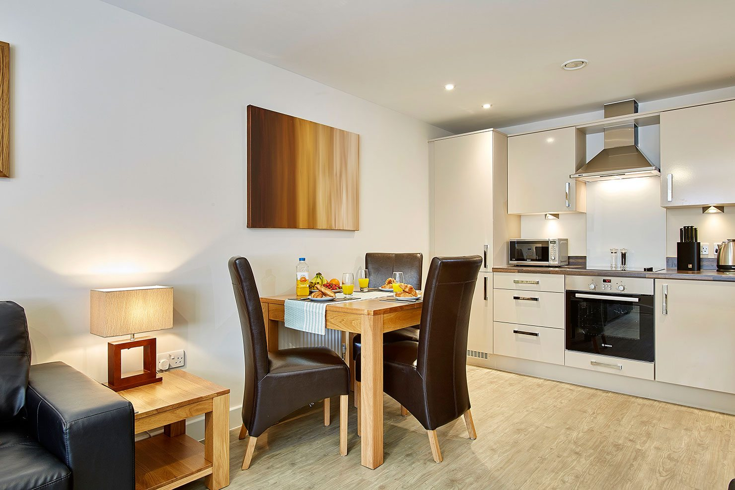 Central-Gate-Serviced-Accommodation-Newbury---Short-Stay-Apartments-Berkshire-|-Urban-Stay