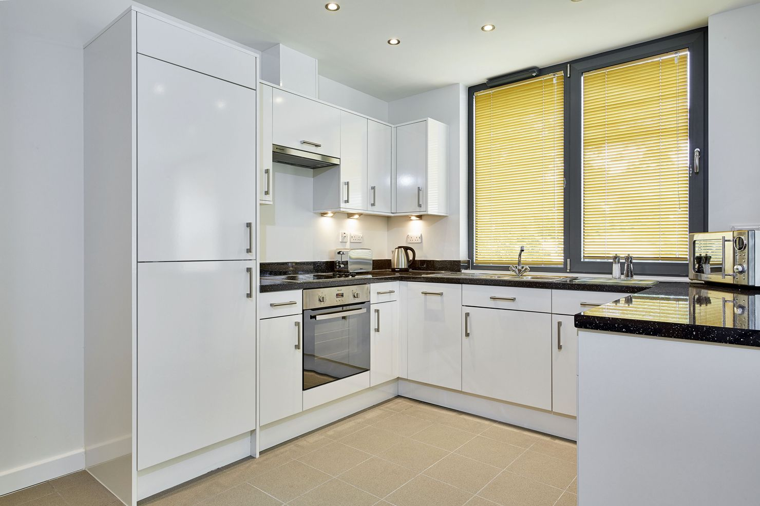Colne-Lodge-Self-Catering-Accommodation-Staines---Serviced-Apartments-Staines-Upon-Thames-UK- -Urban-Stay