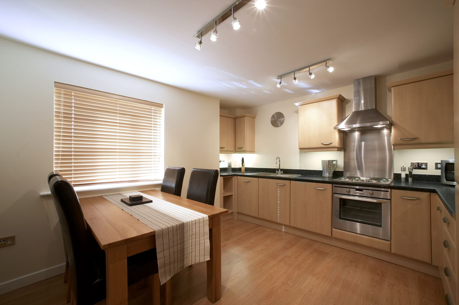 Southwich-House-Self-Catering-Accommodation-Swindon---Serviced-Apartments-Swindon-UK-|-Urban-Stay