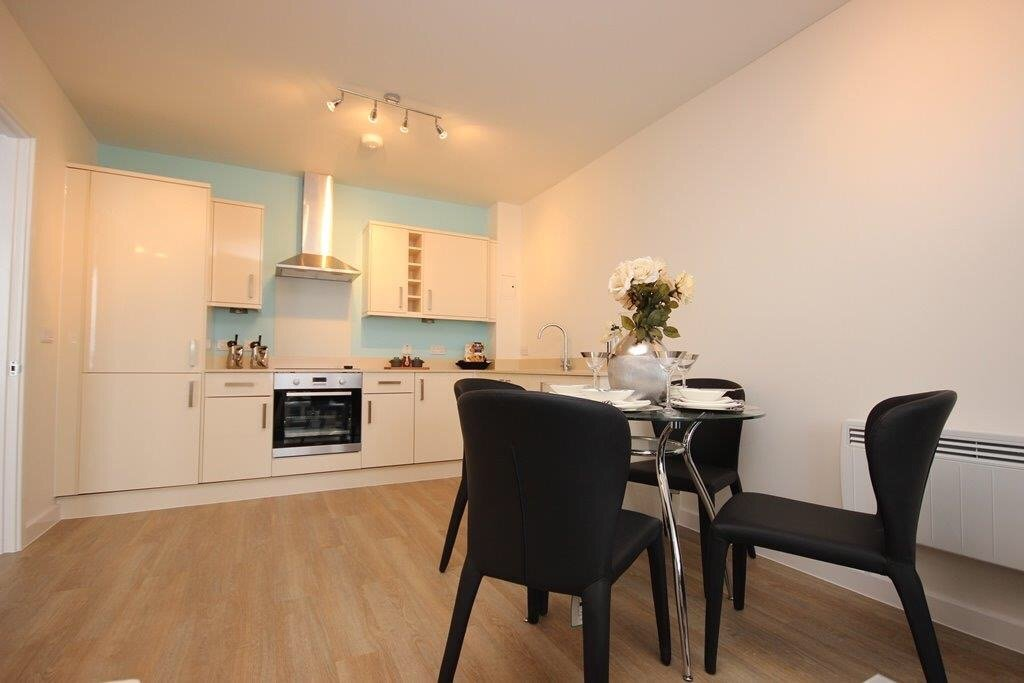 Town-Centre-Serviced-Apartments-Hatfield---Holiday-Accommodation-Hertfordshire-UK-|-Urban-Stay