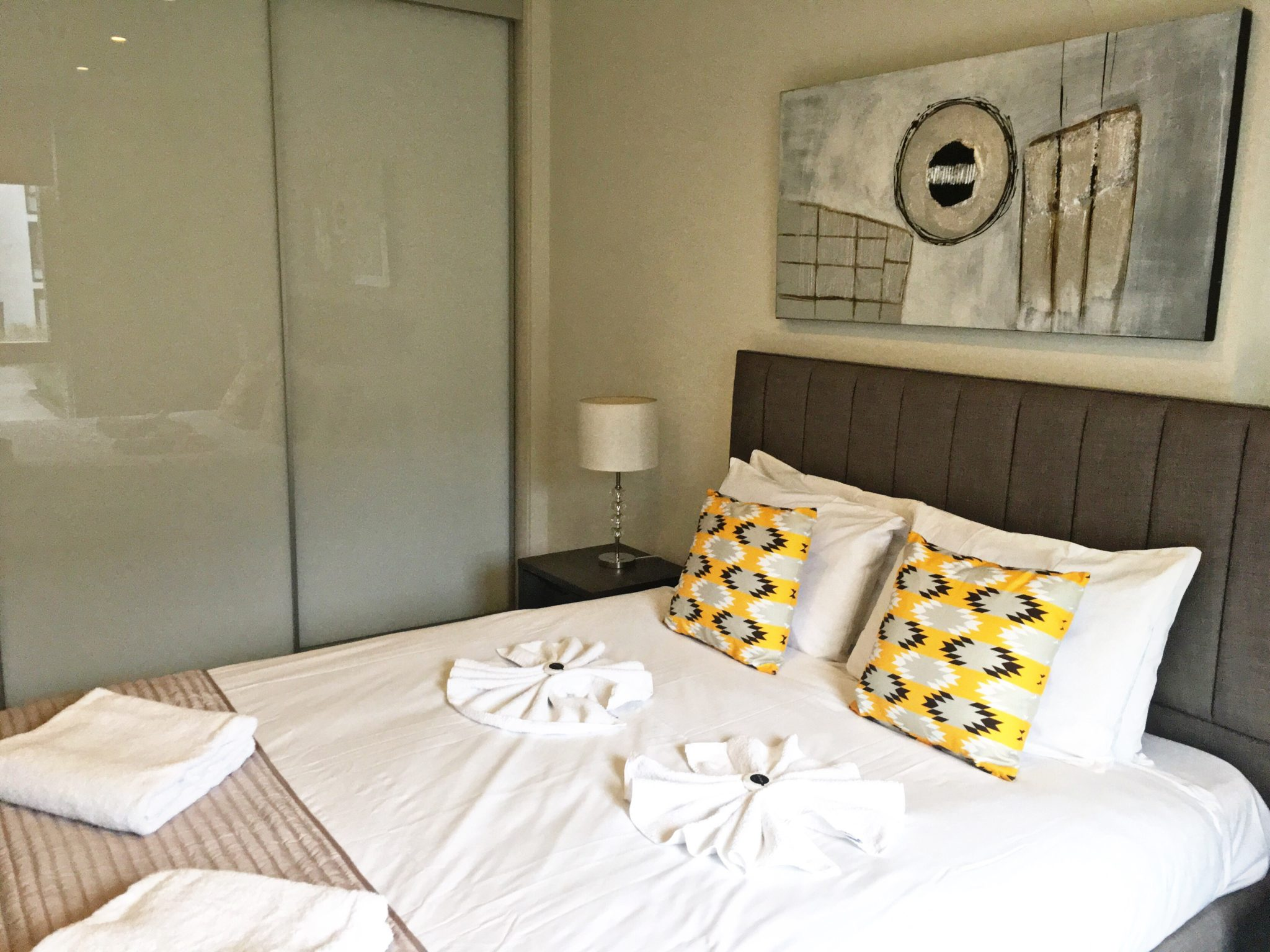 Clerkenwell-Short-Stay-Apartments-London|-Stylish-&-cheap-Clerkenwell-Apartments-|-Free-Wi-Fi-|-Lift-|-Private-Balcony-|-Urban-Stay