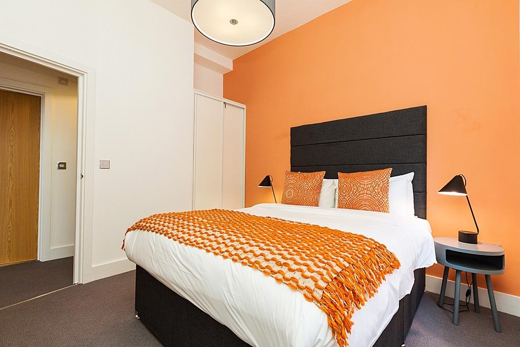 Luxury-Serviced-Apartments-Aldgate-East!-Self-Catering-Accommodation-in-The-City-of-London.-Corporate-Accommodation---Holiday-Accommodation-London- -Urban-Stay