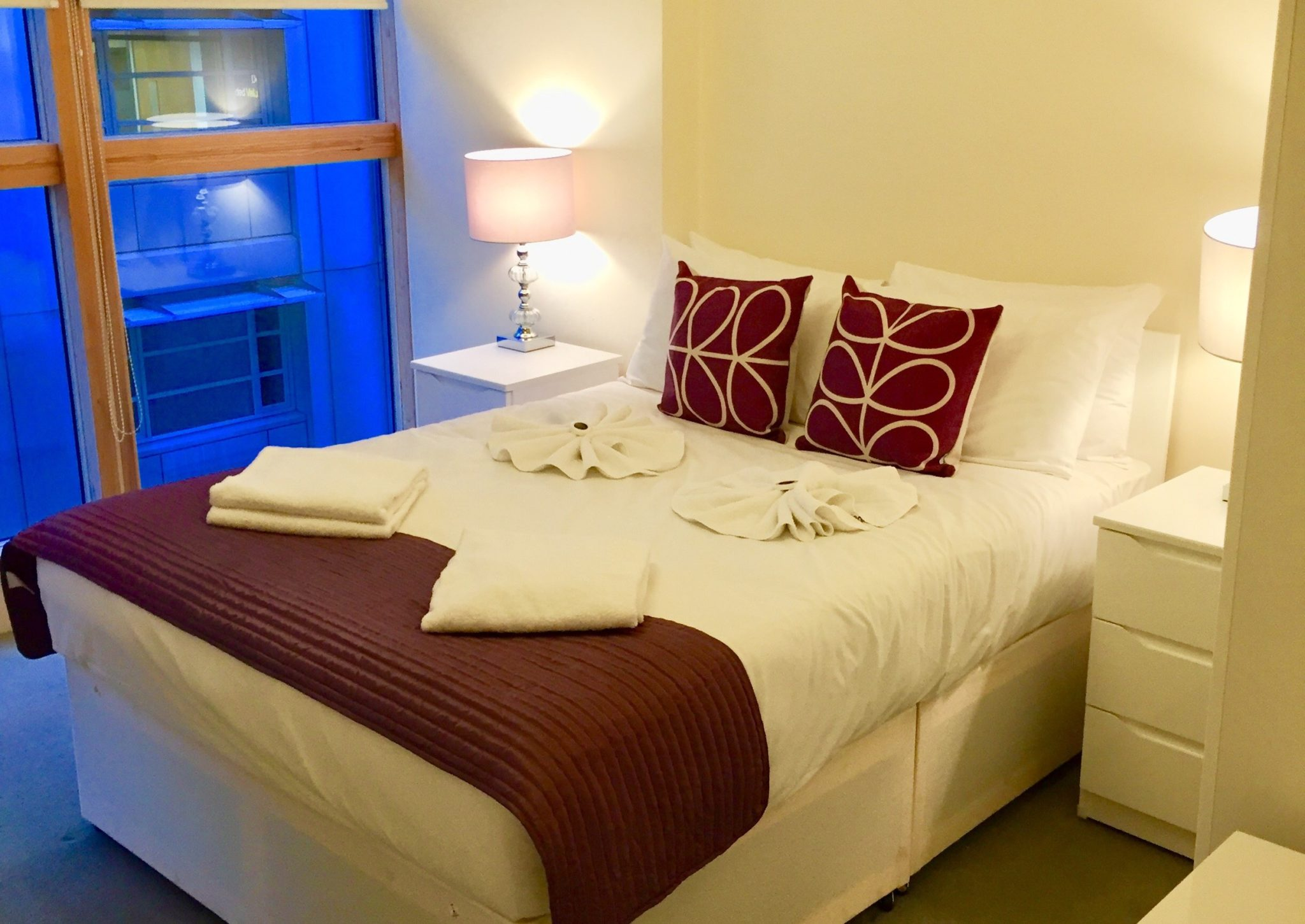 Serviced-Apartments-Central-London-|Stylish-Old-Street-Deluxe-Apartments-|-Free-Wifi-|-Fully-Equipped-Kitchen-|-Private-Balcony-|0208-6913920|-Urban-Stay