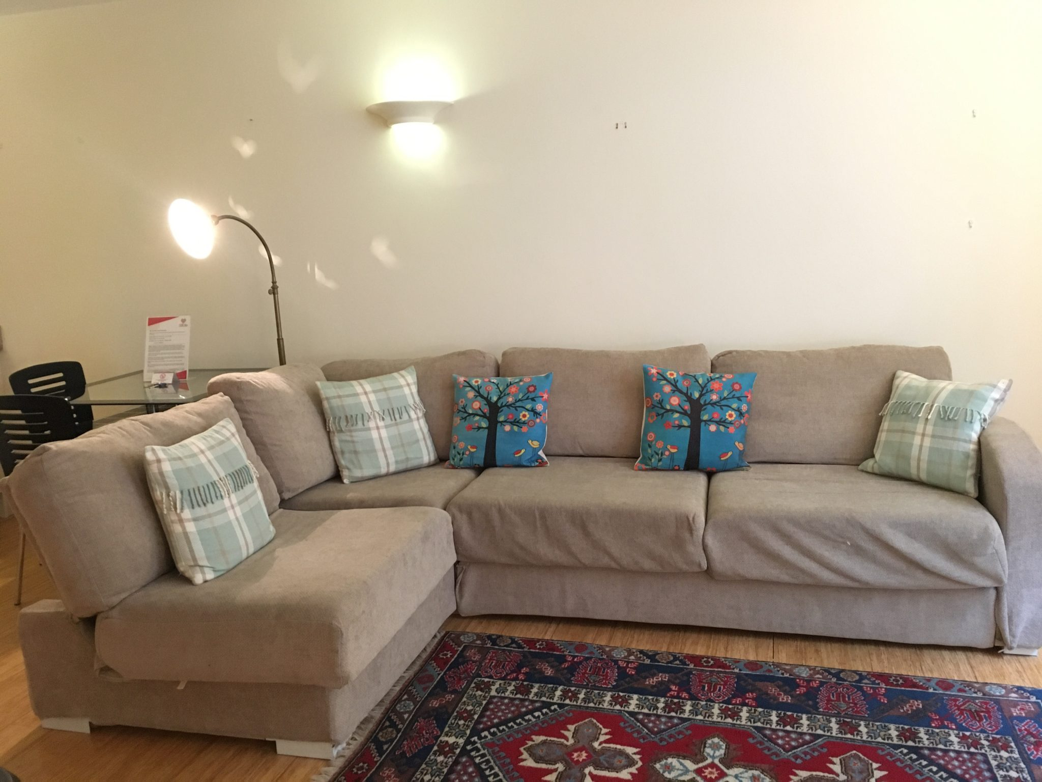 Looking-for-affordable-accommodation-in-within-the-City-of-London?-why-not-book-out-lovely-Monument-Serviced-Accommodation?-call-today-for-great-rates.