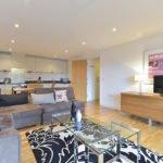 London Borough Apartments | Serviced Accommodation Near London Bridge & Borough Market | - South London Short Let Apartments | BEST RATES -NO FEES -BOOK NOW | Urban Stay