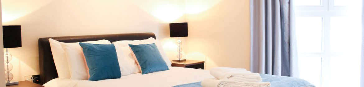 Modern Short Let Apartments - Serviced Apartments Victoria - Book your accommodation with Urban Stay today! Free Wifi - Off road secure parking