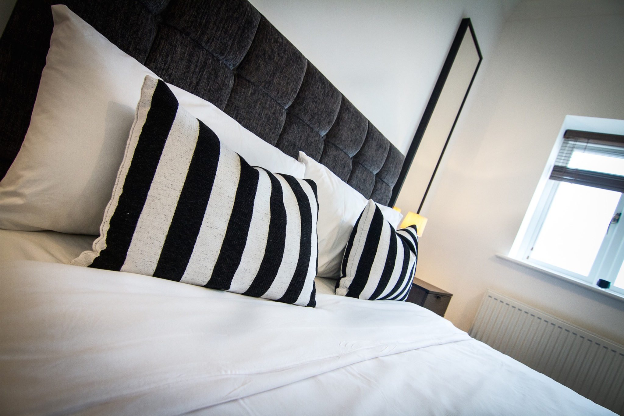 Serviced-Accommodation-Northampton-City-Centre-|-Serviced-Apartments-Northampton-UK-|-Corporate-&-Holiday-Accommodation-Midlands-|-BEST-RATES---BOOK-NOW-|-Urban-Stay