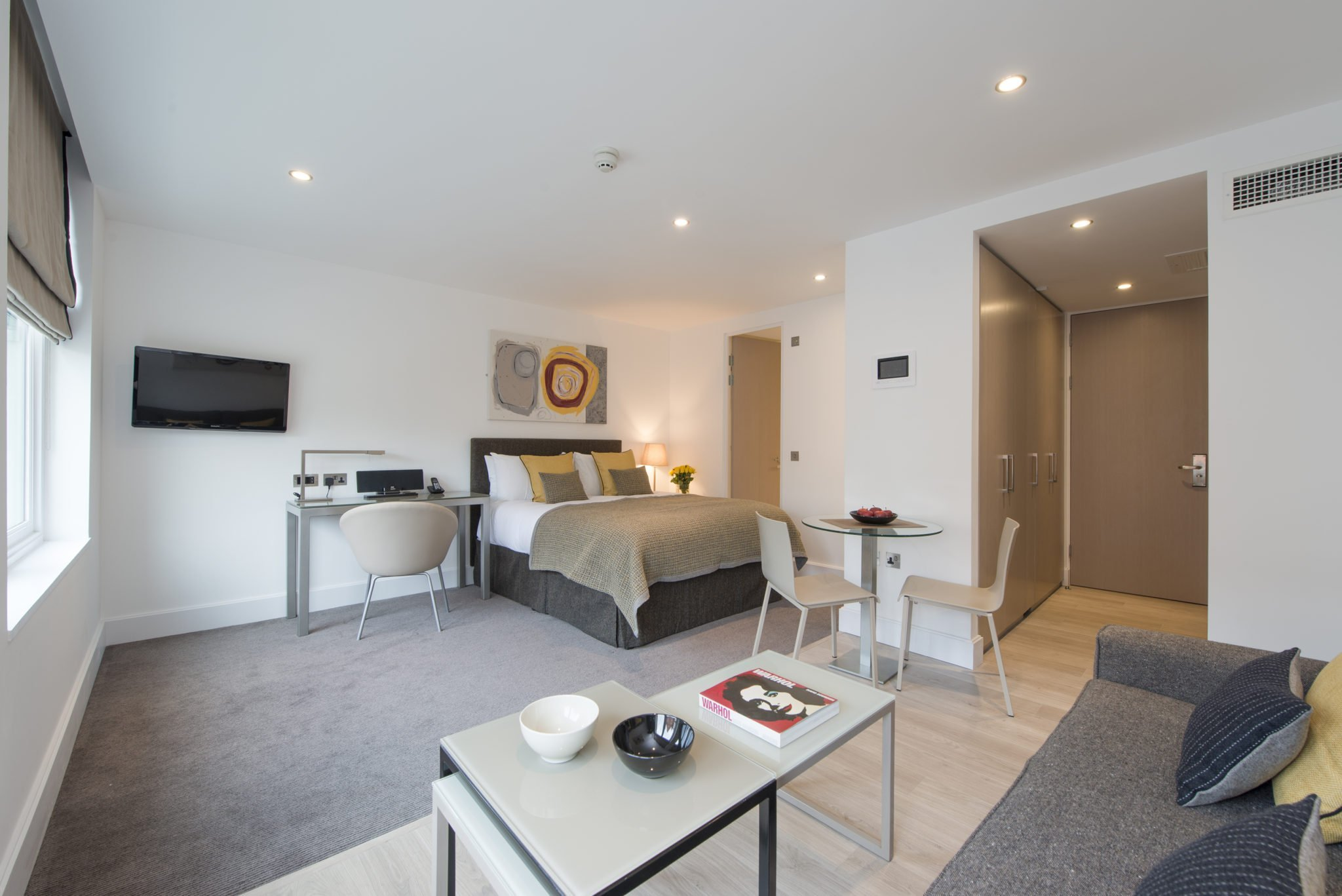 Serviced-Apartments-Clerkenwell-|-Stylish-Apartments-|-Free-Wifi-&-24/7-Reception-Desk-|-Fully-Equipped-Kitchen-|0208-6913920|-Urban-Stay