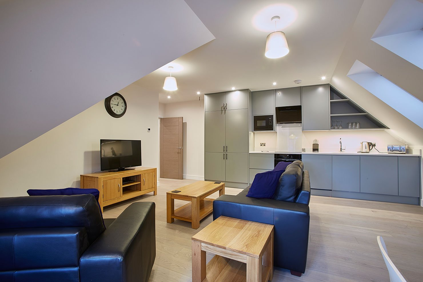 Modern-Maidenhead-Apartments---Brand-New-Serviced-Apartments-Maidenhead---Call-Urban-Stay-Today-to-Book---Free-Wi-fi---Weekly-Housekeeping-Services