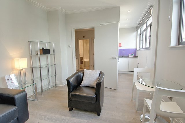 Tower-Hill-Accommodation-London- -Serviced-Apartments-London-City- -Short-Let-Apartments-Near-Tower-Bridge- -All-Bills-incl---Free-Wifi---No-Fees---BOOK-NOW