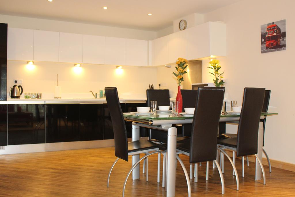 Corporate-Accommodation-Guildford-|-Hampshire-Serviced-Apartments-UK-|-Short-Lets-&-Serviced-Accommodation-Guildford-|-All-Bills-Incl-|-BEST-RATES--BOOK-NOW---Urban-Stay