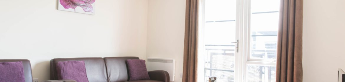Farnborough Serviced Apartments Hampshire | Serviced Corporate Accommodation Farnborough Airport | Cheaper than hotels & more space | BEST RATES - BOOK NOW