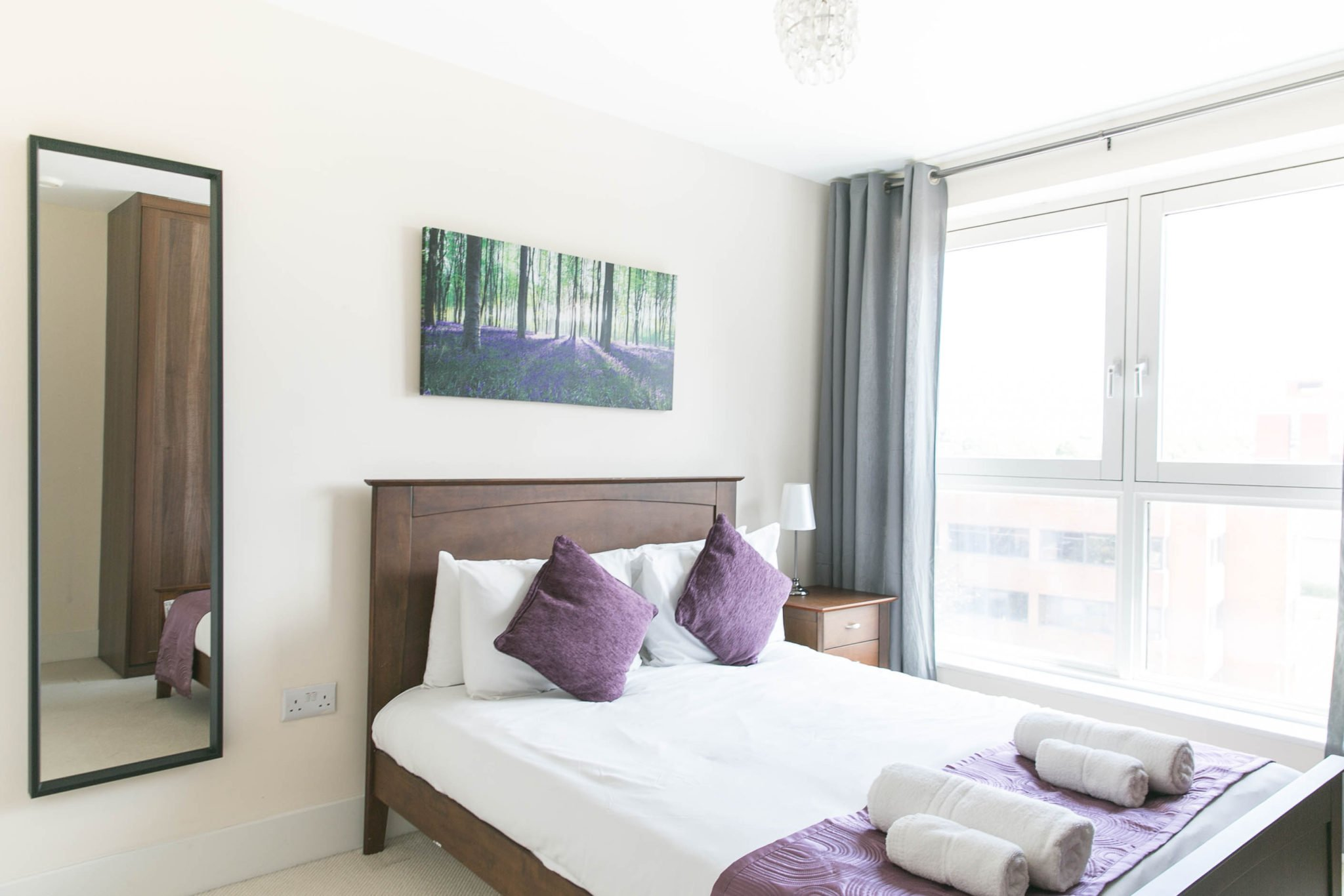 Serviced-Apartments-Basingstoke-UK-|-Serviced-Corporate-Accommodation-Hampshire-|-Short-Lets-Basingstoke-|-Cheaper-than-Hotel-|BEST-RATES--NO-FEES--BOOK-NOW---Urban-Stay