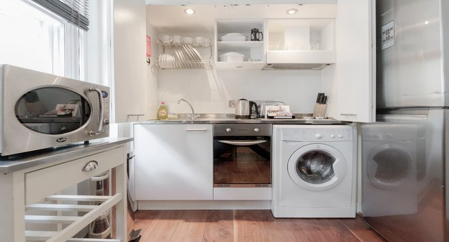 Chancery-Lane-Accommodation-London- -Serviced-Apartments-Central-London- -Short-Let-Apartments-Near-Farringdon- -All-Bills-incl---Best-Rates!-BOOK-NOW- -Urban-Stay