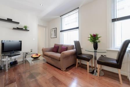 Chancery-Lane-Accommodation-London-|-Serviced-Apartments-Central-London-|-Short-Let-Apartments-Near-Farringdon-|-All-Bills-incl---Best-Rates!-BOOK-NOW-|-Urban-Stay
