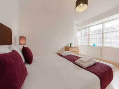 Corporate-Accommodation-Bank-London---London-City-Serviced-Apartments-|-Short-Lets-in-the-Square-Mile!-BOOK-NOW:-Best-Rates---No-Fees---Great-Service!