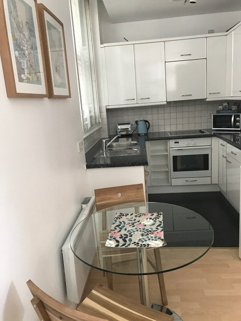 Serviced-Accommodation-Blackfriars-London---Book-Priory-House-Serviced-Apartments-London-now!-London-Corporate-Accommodation-Blackfrias-|-Urban-Stay
