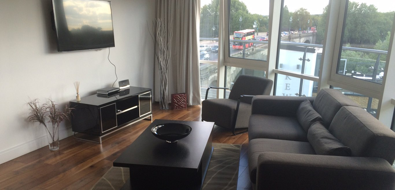 Kew-Bridge-Apartments-London- -The-Best-West-London-Short-Let-Accommodation- Self-catering- -Cheap-Corporate-Housing- -Luxury-Short-Lets-London- -BOOK-NOW---Urban-Stay
