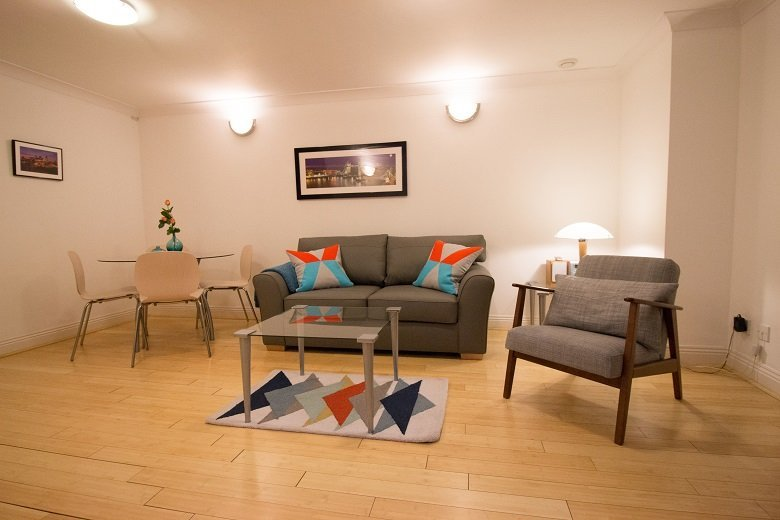 Monument-Serviced-Apartments-London---Corporate-Short-Stay-Accommodation-near-London-Bridge,-Bank-&-Monument!-Relocation-&-Insurance-Accommodation-London-|-Urban-Stay