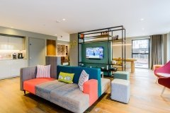 Looking For Great Apartments in Wembley - Book With Urban Stay Today - Serviced Apartments Wembley - Free Wi-Fi - Balcony - Smart TV - Book Now