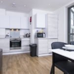 Corporate Chiswick Apartments - Westgate House Apartments - Book Today With Urban Stay (Best Rate Guarunteed!!!) - Free Wi-Fi - Sky TV!!